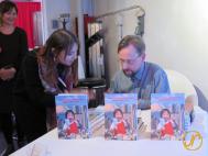 Thomas Köhler beim Signieren an der Buchvernissage